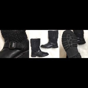 Chanel Authentic Tweed boots